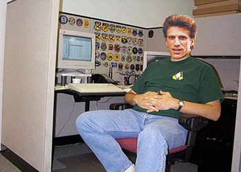 Ted Danson, IT Support Manager